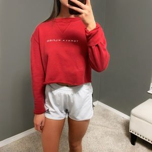 tommy hilfiger cropped sweatshirt